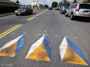 Optical illusion speed bumps
